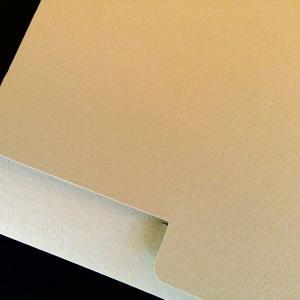 Πολυτελές Προσκλητήριο Γάμου -lux49 - <p>Kουμπωτό προσκλητήριo γάμου 16x22cm. από ραβδωτό χαρτί σε κρεμ και γηίνες αποχρώσεις.</p>...