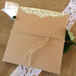 Προσκλητήρια Γάμου Vintage -Γ1538 - <p>Ιδιαίτερο βίνταζ συρταρωτό προσκλητήριο γάμου από οικολογικό χαρτί και δέσιμο από σχοινί.</p>...