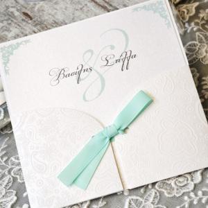 Προσκλητήρια γάμου 2017 -Γ1730 - <p>Προσκλητήριο γάμου από λαχούρ δερματίνη και δέσιμο με σατέν κορδέλα σε βεραμάν αποχρώσεις!</p>...