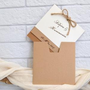 Προσκλητήρια γάμου πρωτότυπα -Γ1749 - <p>Πρωτότυπο προσκλητήριο γάμου , από οικολογικό χαρτί τριών διαφορετικών χρωμάτων ,με φιόγκο από κορδέλα λινάτσα!</p>...