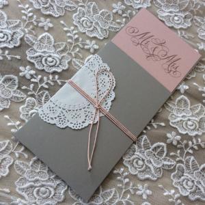 Προσκλητήρια γάμου 2018 -Γ1806 - <p>Συρταρωτό προσκλητήριο γάμου σε γκρι και σάπιο μήλο αποχρώσεις.</p>...